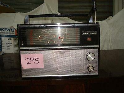 Radio Antigua. Radio Vef 204 Am 10 Transistor.  Cod$*295