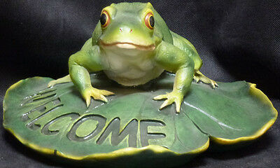 RIBBIT GREETINGS   Frog Welcome   statue figure  H5'' x L10.25'' x W9.5''