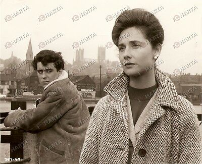 1962 THE WILD AND THE WILLING Virginia MASKELL Ian MCHSHANE on the roof *Photo
