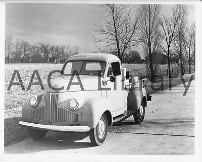 1947 Studebaker M5 Pickup Truck, Countryside, Factory Photo (Ref. #78181)