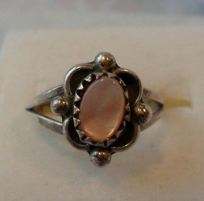 Vintage Antique Estate~Mother of Pearl 925 Sterling Silver Ornate Ring Size 5.5