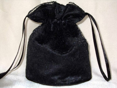 Black lace and black satin dolly bag for bridesmaids / evening/ prom / Goth