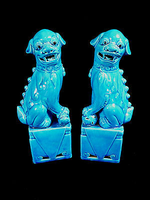 VINTAGE SIGNED PAIR OF GORGEOUS BLUE CERAMIC CHINESE FOO DOGS