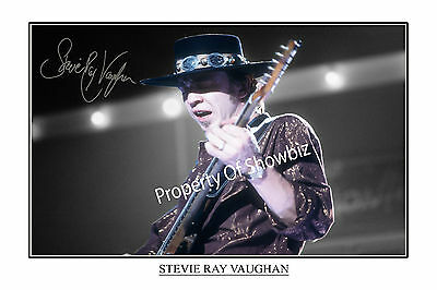STEVIE RAY VAUGHAN AUTOGRAPH SIGNED POSTER PRINT PHOTO  - LOOKS GREAT FRAMED!!!!