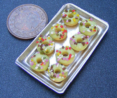 1;12 Scale 8 Green Iced Donuts On A Metal Tray Dolls House Miniatures Bakery H6