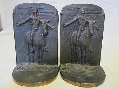 Vtg Native American Indian Bookends pair ornate detail chief horse landscape