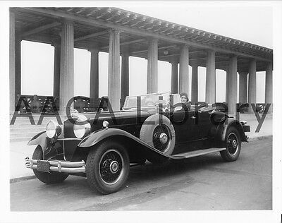 1930 Packard Model 745 Deluxe Eight Roadster, Factory Photo (Ref. #61685)