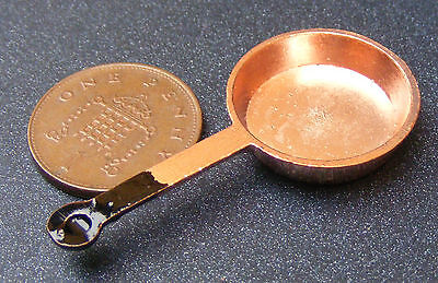 1:12 Scale 2.2cm Diameter Small Copper Frying Pan Dolls House Miniature Kitchen