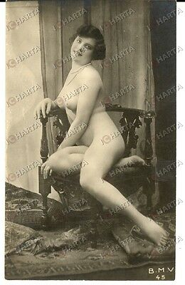 1920 EROTICA VINTAGE Naked woman on a chair B.M.V. 45 femme nue *PHOTO