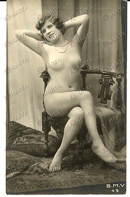 1920 EROTICA VINTAGE Naked woman on a chair B.M.V. 45 - femme nue *PHOTO