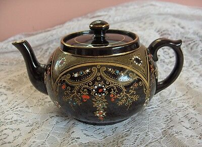 Beautiful Vintage Gibson Clifton Black China Teapot  Beaded Hand Painted  Englan