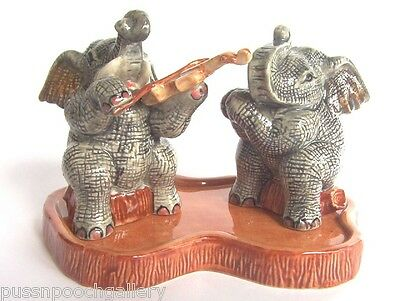 Seranding Grey Elephant Playing the Violin Salt & Pepper Shakers on base