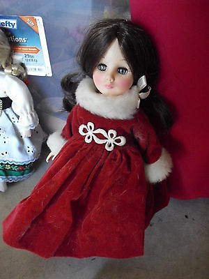 """Vintage 1983 Effanbee Plastic Russia Character Girl Doll  11"""" Tall"""