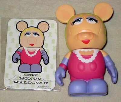 "Disney MUPPETS Series 1 3"" VINYLMATION * MISS PIGGY with Card * New Condition"