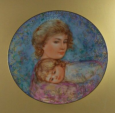 Edna Hibel Mother's Day Plate for 1984 ABBY AND LISA + COA & Leaflet Knowles