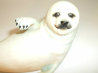 1987 FRANKLIN MINT THE HUMANE SOCIETY SNOW PUP SEAL PORCELAIN FIGURINE