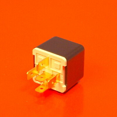 Automotive Relay 24V 40A/30A 5 Pin Plug In Changeover - Genuine EU Manufactured