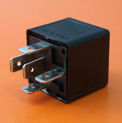 Premium Quality Automotive Relay 12V 30/40Amp 5Pin C/O Plug In - By TYCO/TE