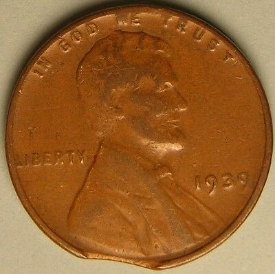 1939 P  Lincoln Wheat Penny,  Cent,  (Clipped Planchet) Mint Error Coin,  Ae 182