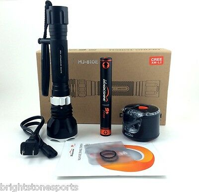 MagicShine MJ-810E 1000 Lumen LED Diving Flashlight Battery and Charger included
