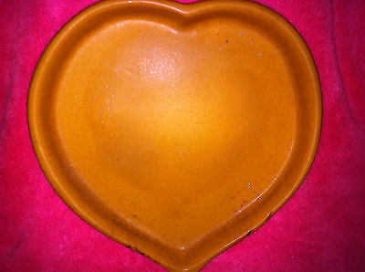 VINTAGE 1950 BENNINGTON POTTERY VERMONT YELLOW/GOLD HEART SERVING PLATE/DISH