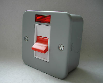 Metal Clad  45Amp Cooker Switch With Neon C/w Back Box By G.e.t