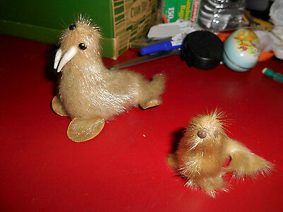 Vintage Eskimo Walrus and baby figurine with fur