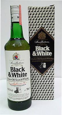 Scotch Whisky BLACK & WHITE con Box