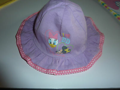 DISNEY Really Cute Little Reversable Minnie Mouse and Daisy Duck Hat NWT