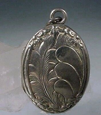 ART NOUVEAU Sterling Silver SWEETHEART Locket