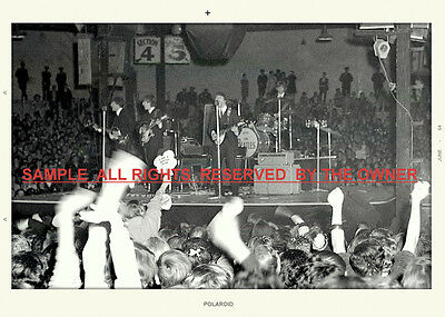 THE BEATLES AUSTRALIA 1964 FAN PHOTO FROM THE AUDIENCE 5 x 7