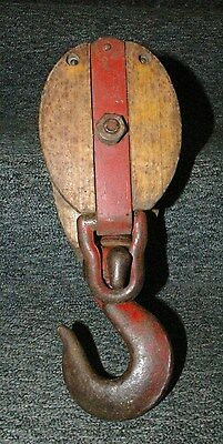 Large  Heavy Duty Vintage Primitive Wood Body & Metal Pulley Large Hook Neat!