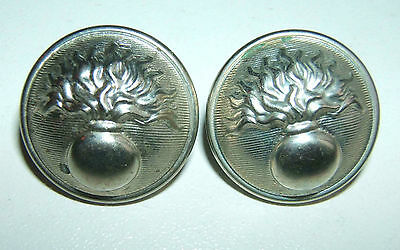 LOT DE 2 BOUTONS ARGENTES GENDARMERIE - 21 mm - Fabrication T.W.& W.