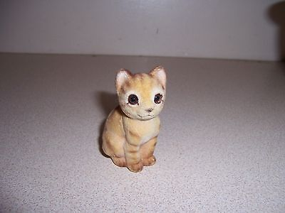 VTG PATMAR JAPAN MINI FUZZY CAT KITTEN FIGURINE