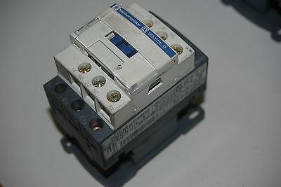 TELEMECHANIQUE CONTROL RELAY 2xN/O and 2xN/C - 24AC coils CA2-EN 122
