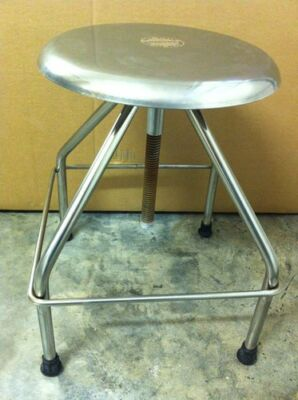 "NEW SERV-QUEEN Swivel Exam Stool Adjustable Height From 18""-25"" Lab Chair Doctor"