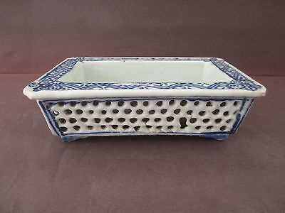Unique Chinese Antique Blue And White 19Th Century Rectangle Pot