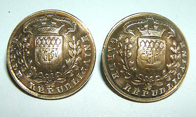 LOT DE 2 BOUTONS GARDE REPUBLICAINE 1914 / 1918 - 23 mm - T.W.& W.