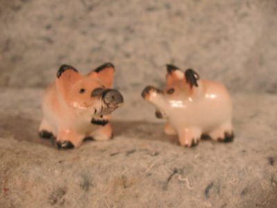 pair rare  vintage old PIG SALT AND PEPPER SHAKERS S&P piglets occupied japan