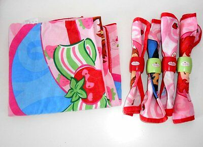 Strawberry Shortcake Childs Kitchen - TABLECLOTH, NAPKINS AND RINGS - Lot 8