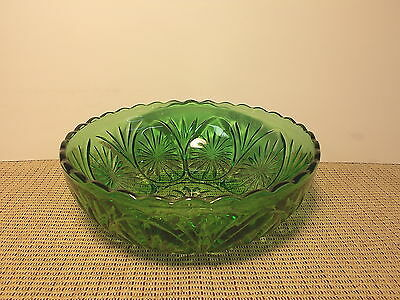 Anchor Hocking Glass Cameo & Star Green Round Vegetable Bowl