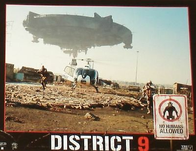 DISTRICT 9 - 11x14 US Lobby Cards Set - Neill Blomkamp, Peter Jackson