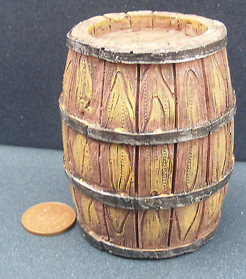 1:12 Scale Large Resin Garden Water Barrel Dolls House Miniature Accessory