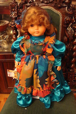 """Lissi Dolls """"Scarlet with her Doll"""" Germany 1994 Limited Edition of 1000, signed"""