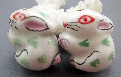 2Pcs Ceramics Porcelain Happy Lucky Chinese Zodiac Rabbit Beads Finding