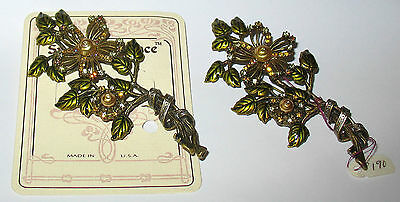 """2 Retired Vintage NEW! """"SWEET ROMANCE""""  LARGE! Ornate Daisy Branch Brooches"""
