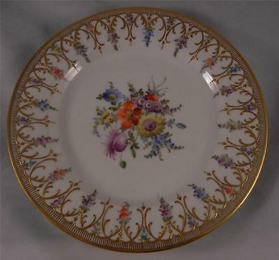 """DRESDEN GERMAN 8 7/8"""" HAND PAINTED AND RAISED GOLD FILIGREE SCROLL PLATE"""