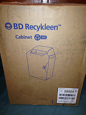 BD Sharps Container with KEY