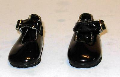 2 PAIR OF SHOES MADE FOR SUZANNE GIBSON DOLL