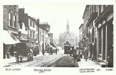 Bedfordshire Postcard - Old Luton - George Street c1911  2202